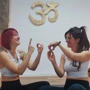 108 Sonnengruesse im Ananda Yoga Haus zum Welt Yoga Tag 2019
